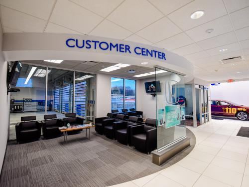 Ray Price Honda Gen 3 Image Haworth Customer Center and Client Lounge