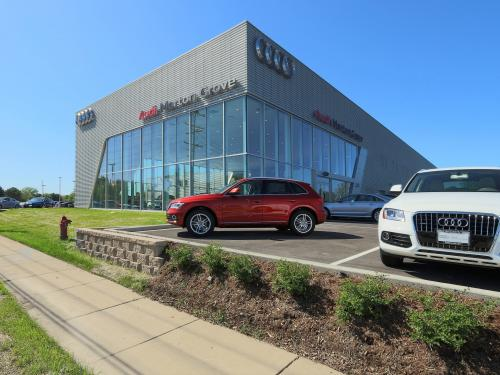 Morton Grove Audi exterior corner with cars