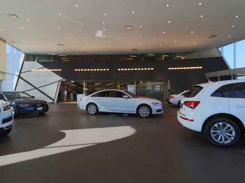 Morton Grove Audi interior showroom center