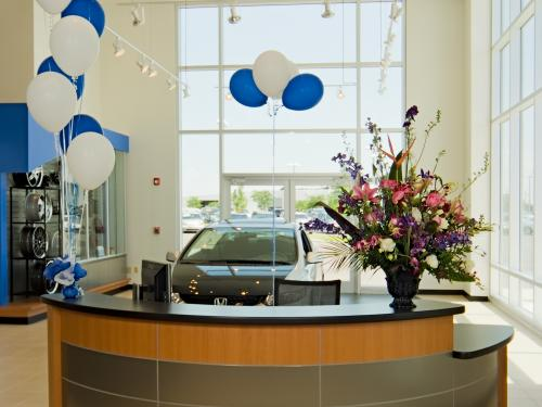 Winter Haven Honda front desk