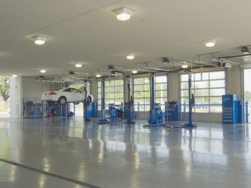 Winter Haven Honda service lifts