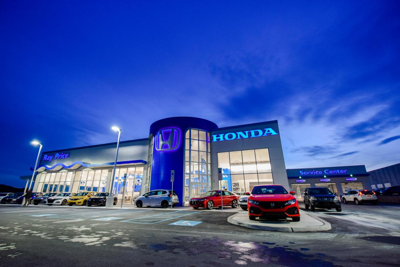 Ray Price Honda Exterior Night